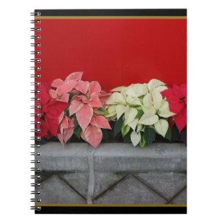 Flores de Pointsettia del navidad Cuaderno