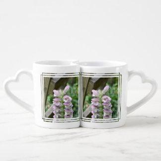 Flores de Turtlehead Tazas Para Parejas