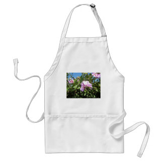 Flores de un jardín delantal