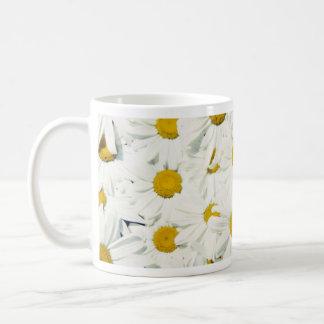Flores de uso múltiple de la margarita taza