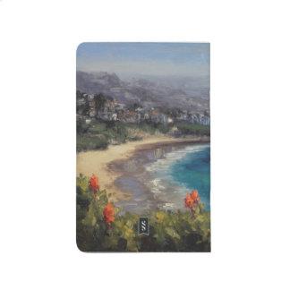 Flores de Vera del áloe en la playa creciente, Cuaderno Grapado