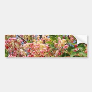 Flores del árbol de la ducha pegatina para auto