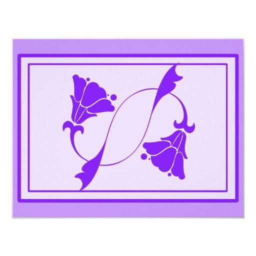 Flores del art déco en púrpura en las tarjetas, invitación 10,8 x 13,9 cm
