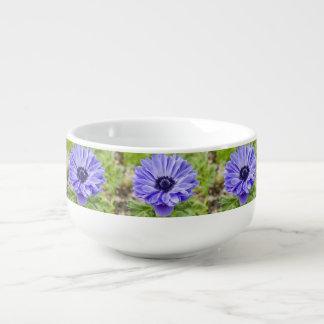 Flores del aster cuenco para sopa