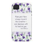 Flores del azafrán de la primavera de la cita de W iPhone 4/4S Fundas