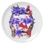 Flores del cráneo y del jacinto plato de cena
