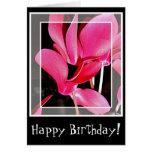 Flores del Cyclamen de la tarjeta de cumpleaños en