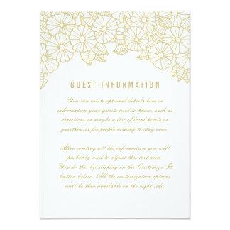 Flores del oro en la tarjeta blanca del parte invitación 11,4 x 15,8 cm