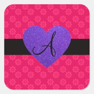 Flores del rosa del monograma del corazón púrpura calcomanía cuadradas personalizada