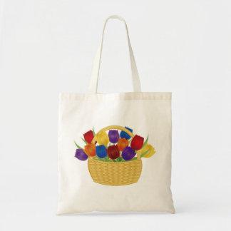 Flores del tulipán en bolso de la cesta de mimbre bolsa tela barata