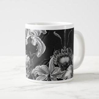 Flores del vintage de Black&White Taza Grande