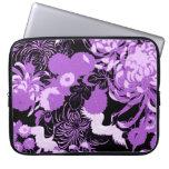 Flores del vintage y pájaros negros y púrpuras mangas portátiles