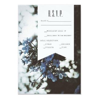 """Flores delicadas el   RSVP Invitación 3.5"""" X 5"""""""