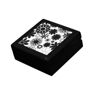 flores dibujadas blancos y negros cajas de joyas