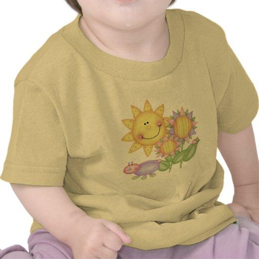 Flores e insectos de Sun Camiseta