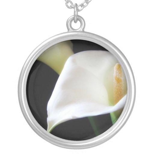 Flores elegantes 16 de la cala pendientes personalizados