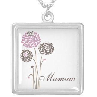 Flores elegantes de la dalia del collar de Mamaw