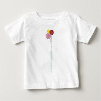 Flores elegantes playera de bebé