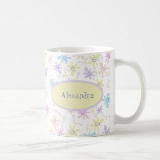 Flores en colores pastel caprichosas taza de café