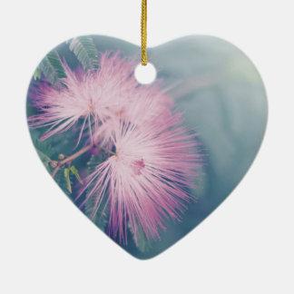 Flores en colores pastel suaves adorno de navidad