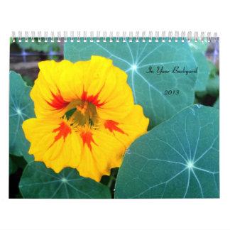 Flores en su calendario del jardín