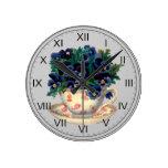 Flores en un arte del vintage de la taza de té relojes