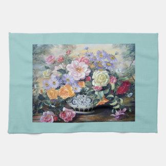 Flores en un florero toallas de cocina