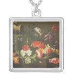 Flores en una repisa, 1665 collar personalizado