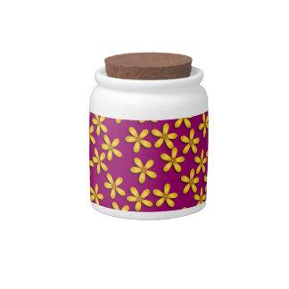 Flores felices púrpuras platos para caramelos