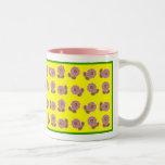 Flores felices tazas de café