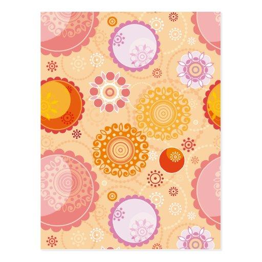 Flores geométricas circulares anaranjadas y rosada postal