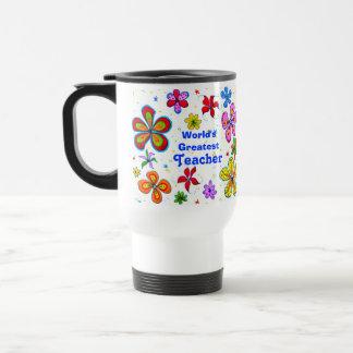 Flores grandes, la taza más grande de la plantilla