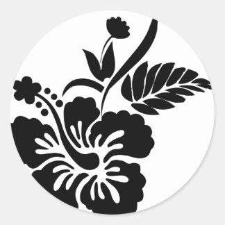 Flores hawaianas blancos y negros pegatina redonda