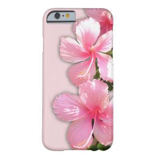 Flores hawaianas rosadas brillantes del hibisco funda para iPhone 6 barely there