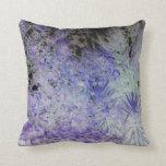 Flores hermosas azules y blancas especiales almohada