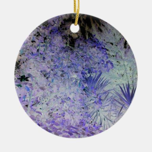 Flores hermosas azules y blancas especiales adorno redondo de cerámica