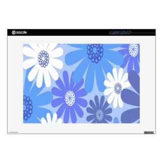 Flores hermosas y azules skins para portátiles