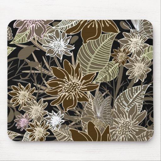 Flores, hojas y mariposas tropicales de Earthtone Tapete De Ratones