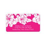 Flores intrépidas en etiquetas rosadas del remite etiquetas de dirección