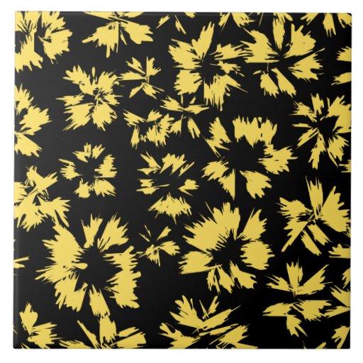 Flores negras y amarillas teja cerámica