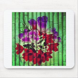 Flores Pintadas no Bambu Mouse Pads