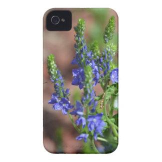 flores Púrpura-azules con la abeja iPhone 4 Protectores