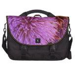 flores púrpuras bolsa de ordenador