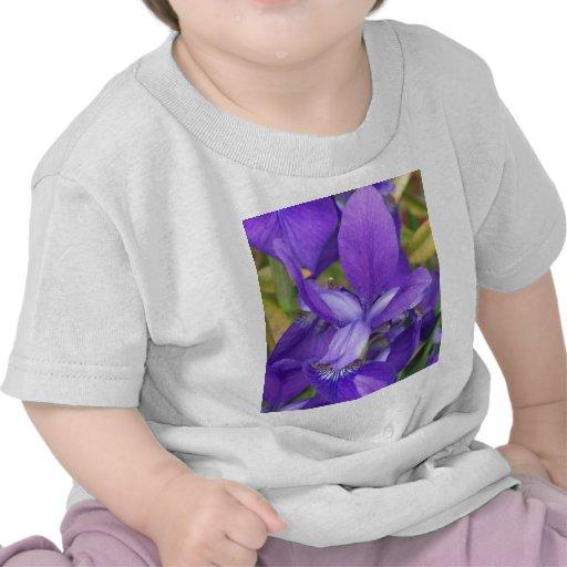 Flores púrpuras camiseta