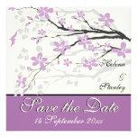 Flores púrpuras de la magnolia que casan reserva l anuncios personalizados