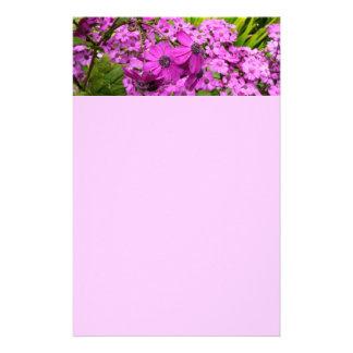 Flores púrpuras de San Francisco Papeleria