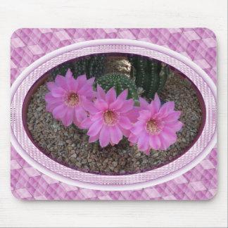 Flores púrpuras del cactus tapetes de raton