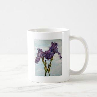 Flores púrpuras del iris barbudo taza clásica