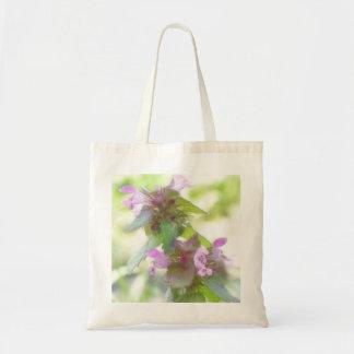 Flores púrpuras delicadas de Deadnettle Bolsa Tela Barata