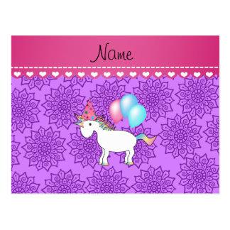 Flores púrpuras en colores pastel del unicornio postal
